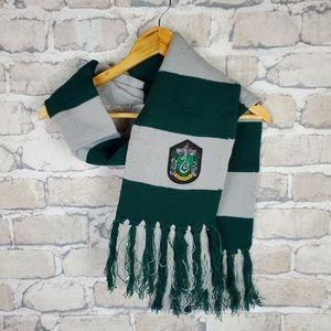 Harry Potter Slytherin House Crest Striped Fringed Scarf Green Gray